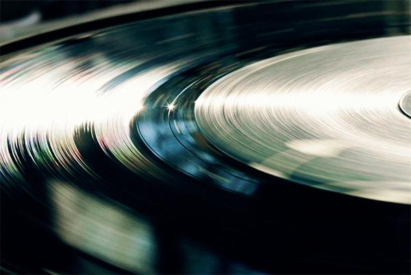 100 вопросов о виниле. Часть 1: пластинки, коллекционеры, история и современность.